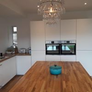 kitchen fitters bolton